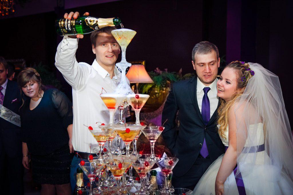 Пирамида из шампанского цена
