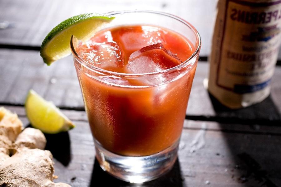 Безалкогольный коктейль - девственная мэри